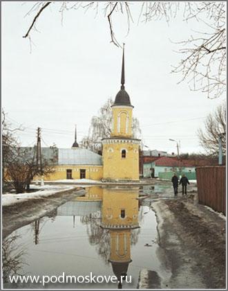 Вид монастыря с улицы