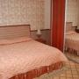 Природный курорт Яхонты: Коттедж, спальня