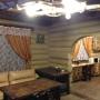 Экодеревня Бабин Двор: Зал в коттедже